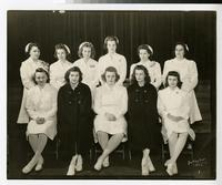 1943 Graduating Class of Nursing Students