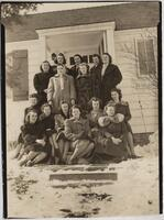 1940 Fifteen Students on the Steps of the Home Economics Practice House
