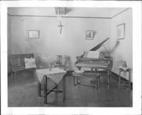 1910 Piano Studio